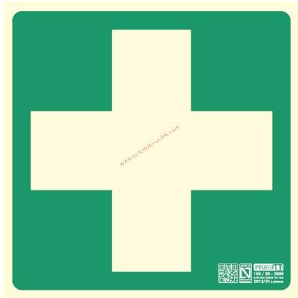 Elsősegélynyújtó hely, Utánvilágító biztonsági jel műanyag tábla 22,4x22,4 cm